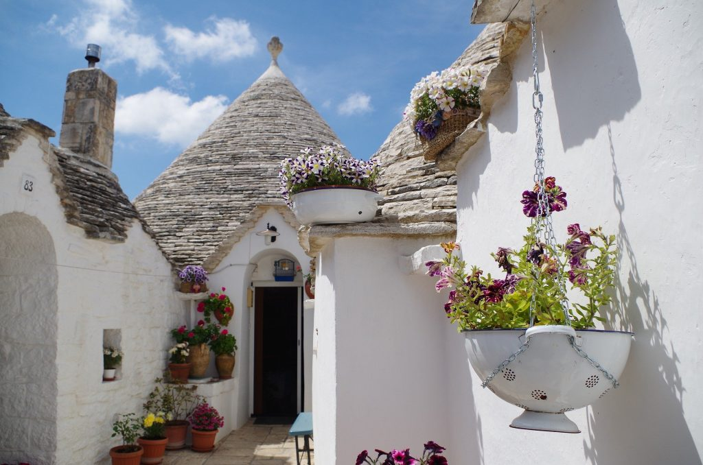 Puglia_alberobello-4314301_1920-1024x678 4-Styles_off the beaten path