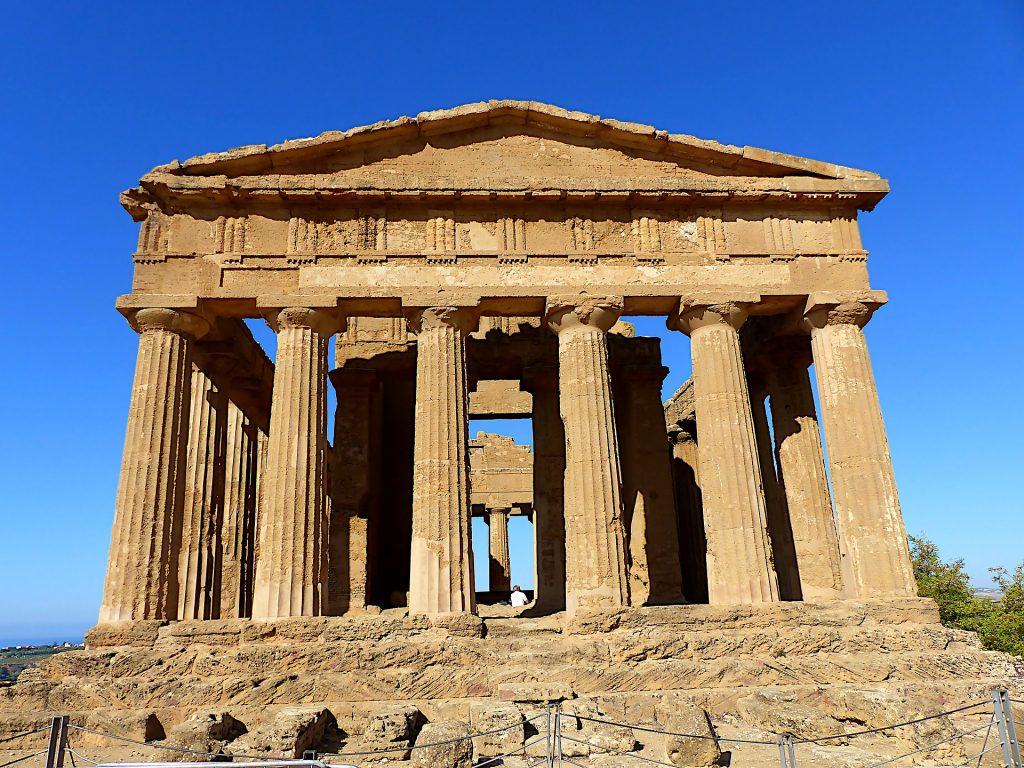Sicily-4666439_1920-1024x768 4_Styles_beach & sun