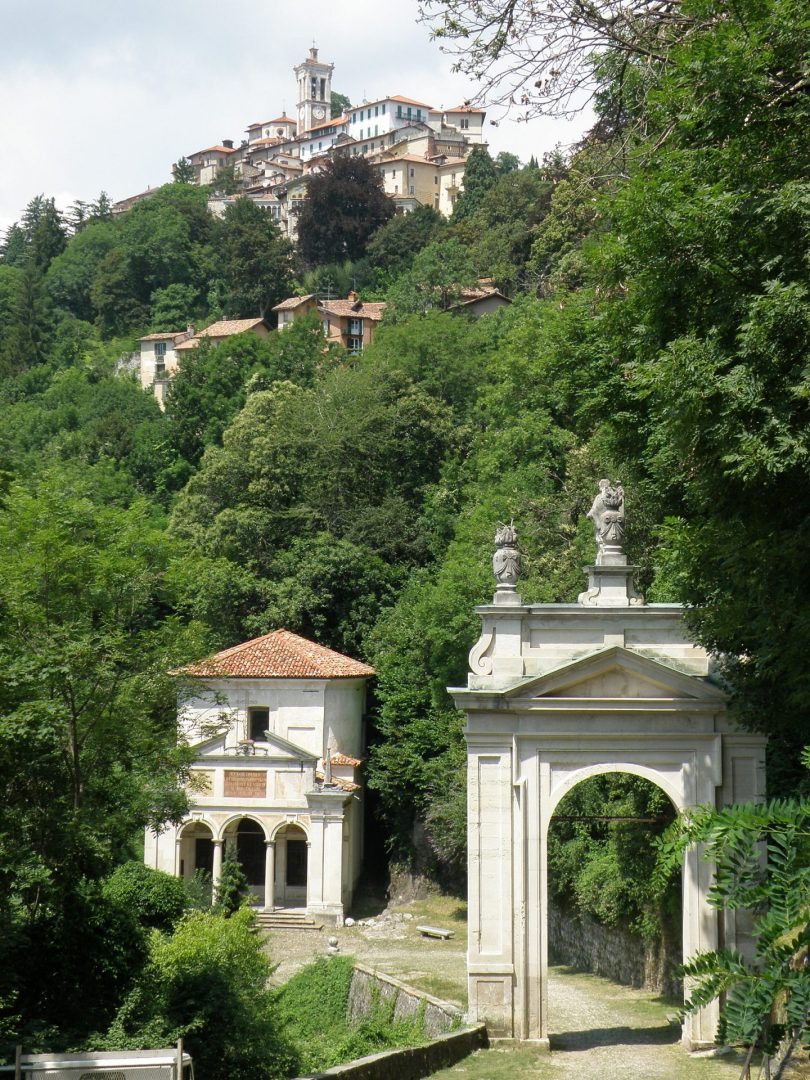 Varese_Sacro_Monte_Arco_SantAmbrogio_4-scaled Unesco World Heritage Sites in Lombardy